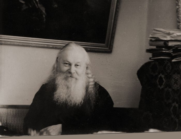 Архимандрит Гурий (Егоров), наместник Троице-Сергиевой лавры. 1946 г.