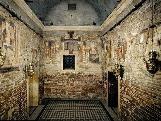 Три стены Дома Богородицы, фото: www.santuarioloreto.it