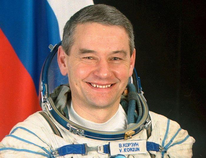 Герой Российской Федерации космонавт Валерий Григорьевич Корзун