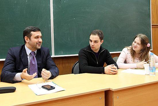 Владимир Легойда со студентами МГИМО