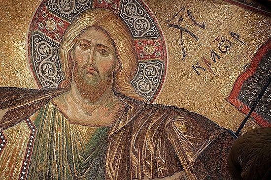 """Мозаика """"Господь """"Пантократор"""" в центральной конхе храма, освященного в честь иконы Богородицы """"Всех скорбящих Радосте"""""""
