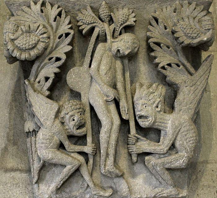Смерть Иуды. Капитель церкви св. Лазаря, Франция. XII в.