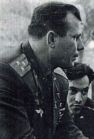 Восьмой пленум ЦК ВЛКСМ, октябрь, 1965 год. В.В. Петров с Гагариным