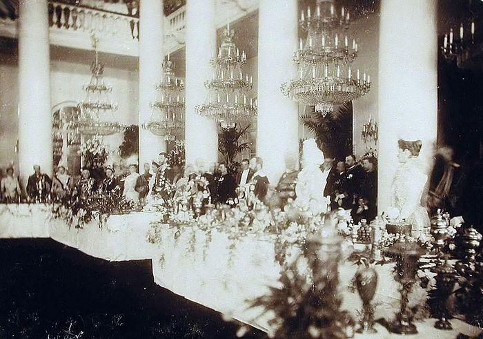 Приём в Колонном зале Российского благородного собрания, 1900 год