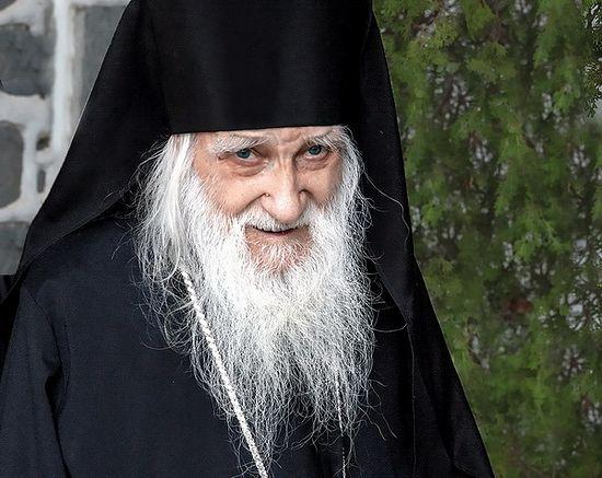 Игуман руског Пантелејмоновог манастира на Атону схиархимандрит Јеремија (Аљохин)