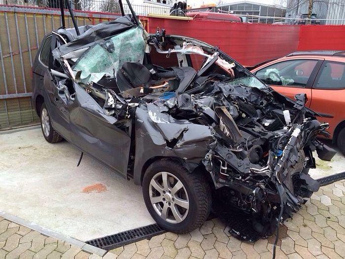 Автомобиль Сергея, на котором он попал в страшную аварию