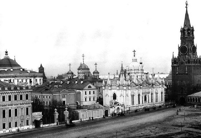Early 20th century photograph of the Voznesensky monastery in the Moscow Kremlin. Photo: Royal Russia