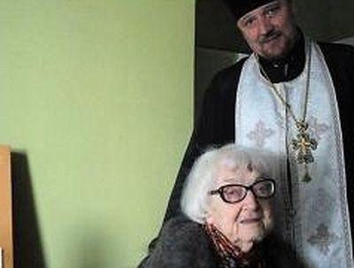 Как в 60 лет профессор-лингвист нашла Бога, исцелилась от смертельной болезни и в свои 90 продолжает трудиться