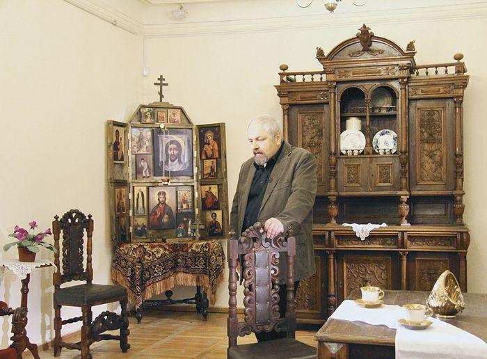 Феликс Разумовский на съемках очередной документальной серии