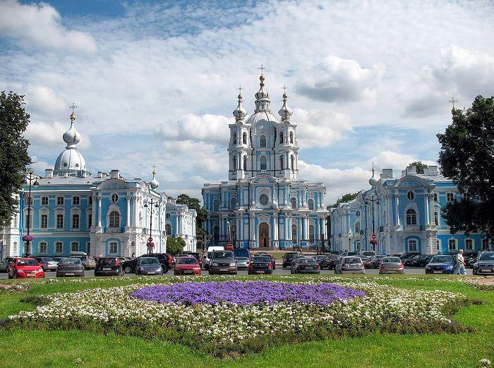 Смольный собор. Санкт-Петербург