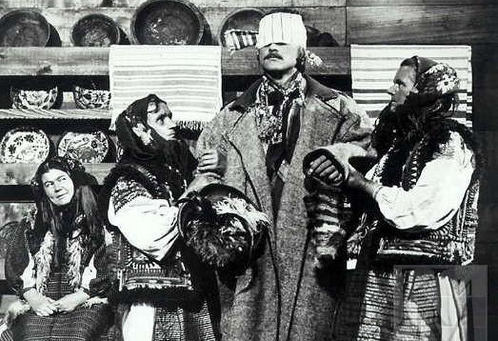 Кадр из фильма «Тени забытых предков». Реж. Сергей Параджанов