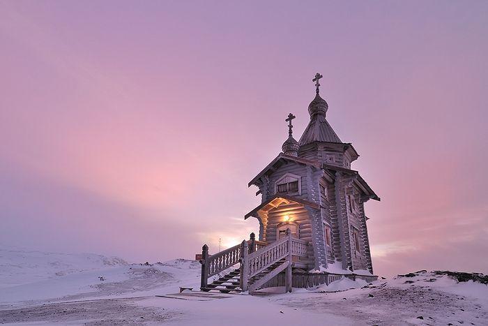 Храм в Антарктиде