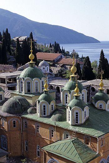 Монастырь Святого Пантелеимона на Афоне, основанный в 11-м веке