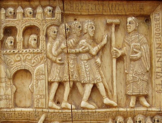 Покорение кантабров королём Леовигильдом. Плита реликвария из слоновой кости. Сан-Мильян-де-ла-Коголья. XI век