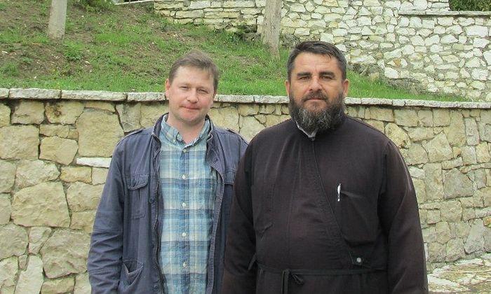 Священник Николай Нуши и Петр Давыдов