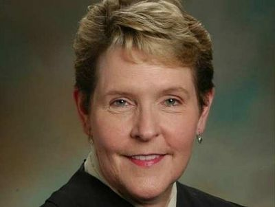 Judge says Alabama must perform gay 'marriages'