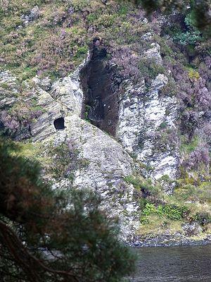 Пещера, или ложе св. Кевина в Глендалохе