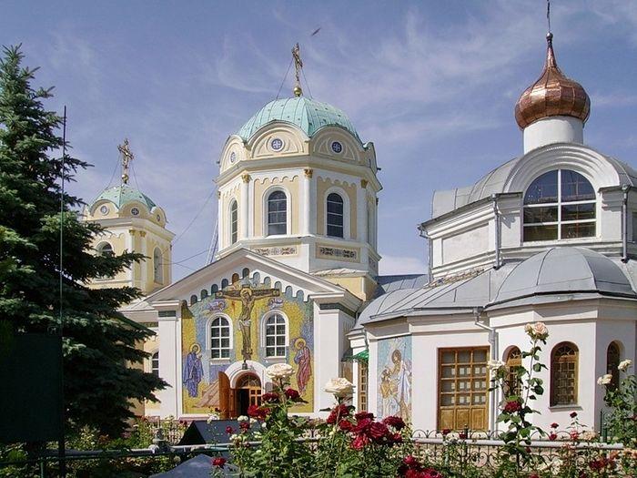Свято-Троицкий женский монастырь, Симферополь
