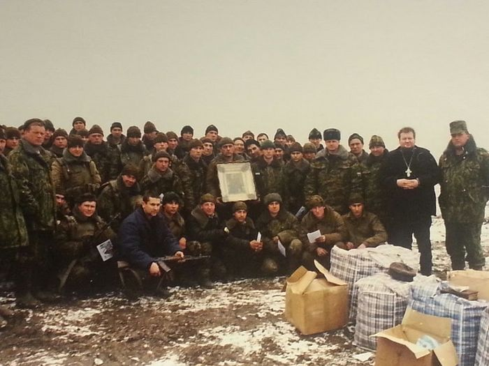 Эту икону солдаты спасли с боем из горящего Грозного. Передана в Троице-Сергиеву Лавру о. Науму