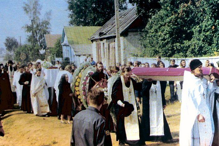 Похороны батюшки Николая Гурьянова