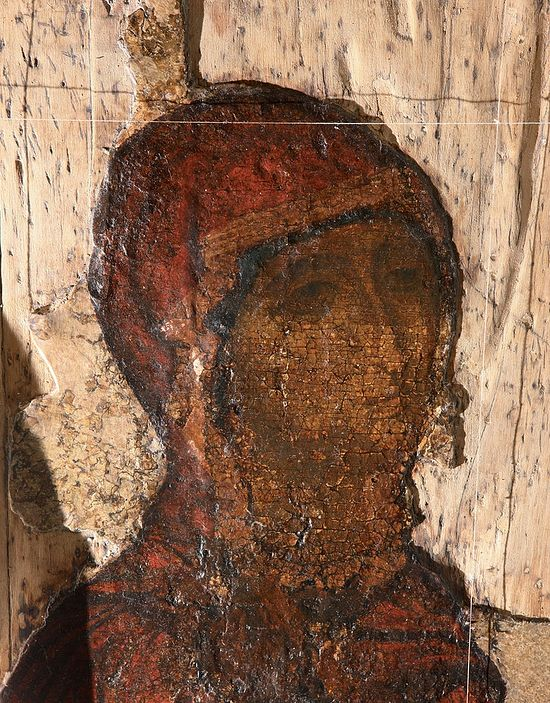 Боголюбская икона. Лик Божией Матери в процессе реставрации. 2015 г.