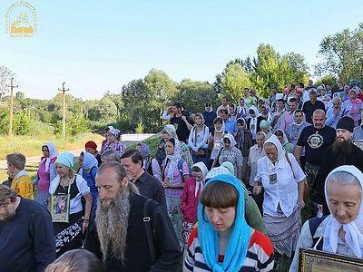 Всеукраинский Крестный ход: остановить войну