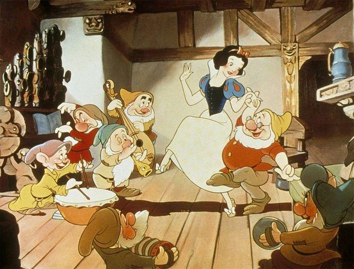 «Белоснежка и семь гномов». Кадр из мультфильма, 1937 г.