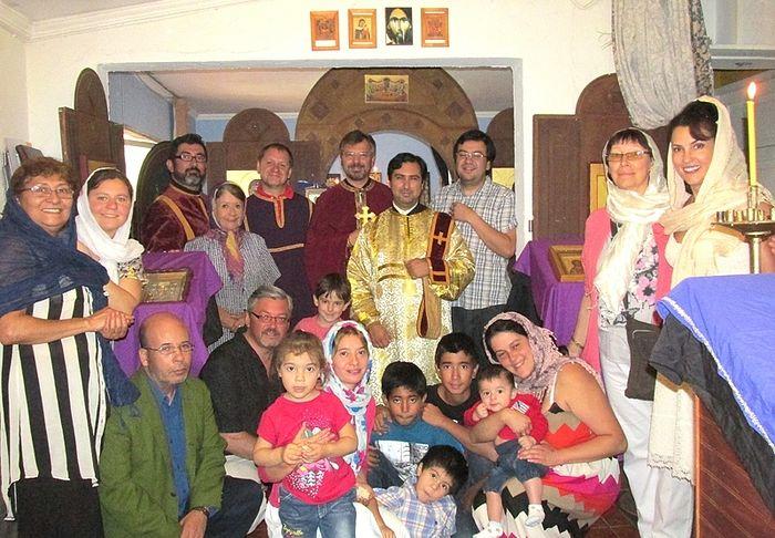 В домовом храме Св.Нектария Эгинского, с православными чилийцами