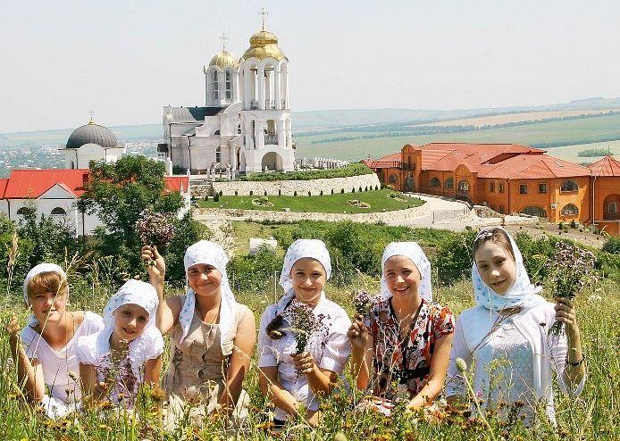 Свято-Георгиевский монастырь на горе Дубровка