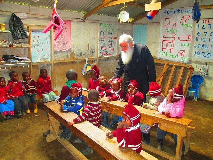 Дети из образовательного центра святого Варнавы с нетерпением ждут учебы