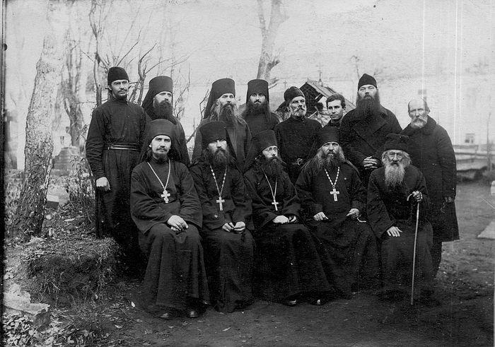 Братия Покровского монастыря. 1927 г.