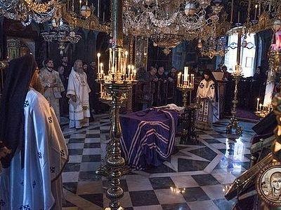 Состоялось погребение Игумена Афонского Свято-Пантелеимонова монастыря (+ФОТО)