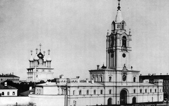 Страстной монастырь