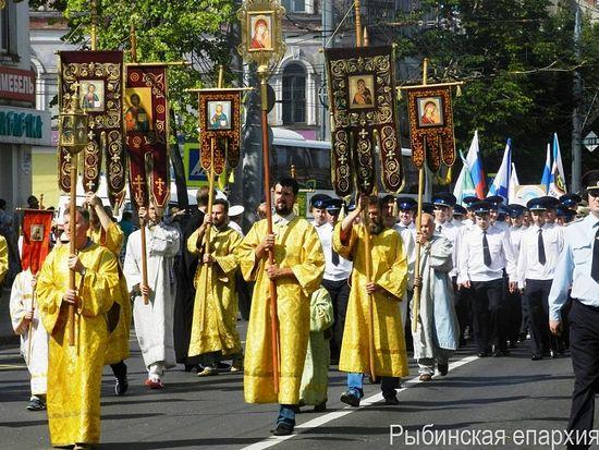ВРыбинск надва дня привезли мощи Федора Ушакова