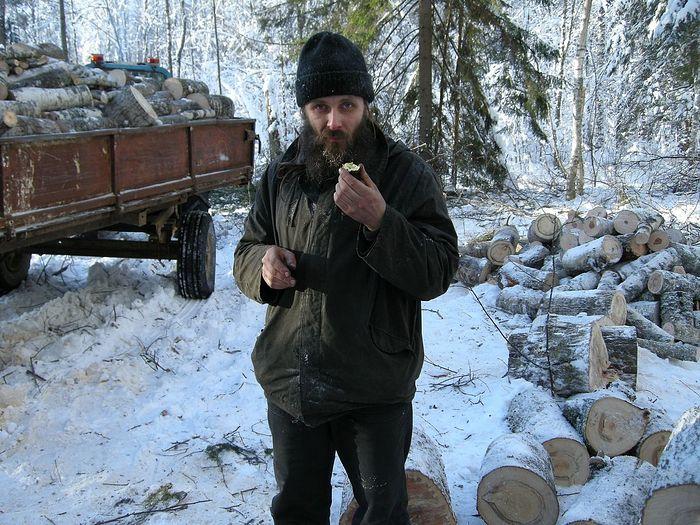 Заготовка дров в Адриано-Пошехонском монастыре