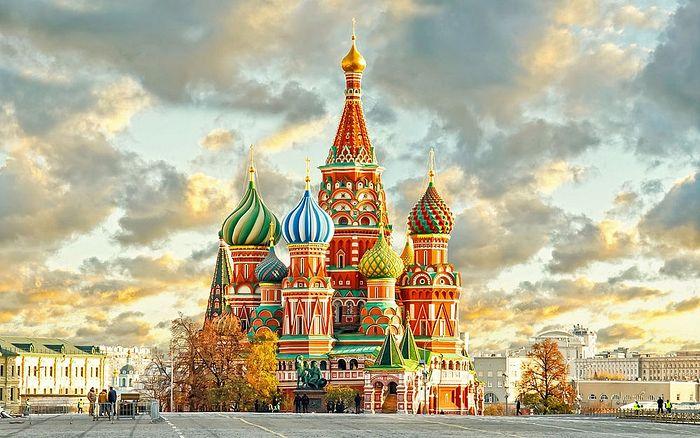 Храм Покрова-на-Рву (собор Василия Блаженного)