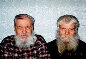 Афанасий Герасимович Мурачев (справа) и Н.Н. Покровский (2000 г.).