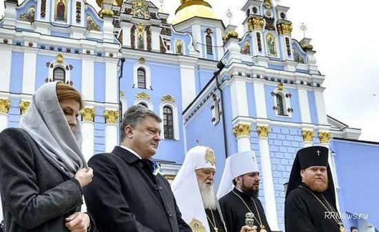 Порошенко рассчитывает напредоставление вселенским патриархом автокефалии Украинской церкви