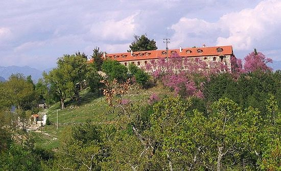 Monastery of Varnakova as seen from a nearby road