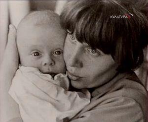 Франческа Ярбусова с сыном Борисом
