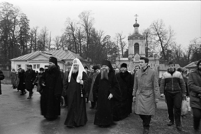 Первое посещение Патриархом Алексием II Оптиной пустыни, 1991 г.