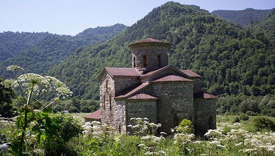 Middle Zelenchuk church of the tenth century; Karachay-Cherkess Republic