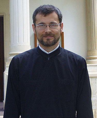 Священник Евгений Роготи