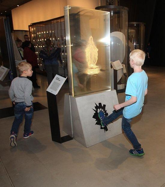 Экспонат государственного музея Эстонии вызвал скандал