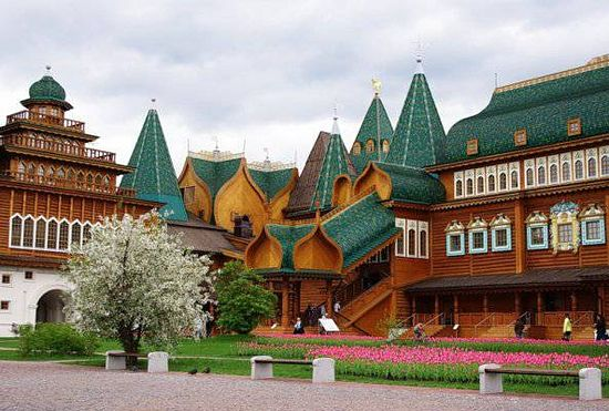 In the past, Kolomenskoye was a country residence of the Russian tsars