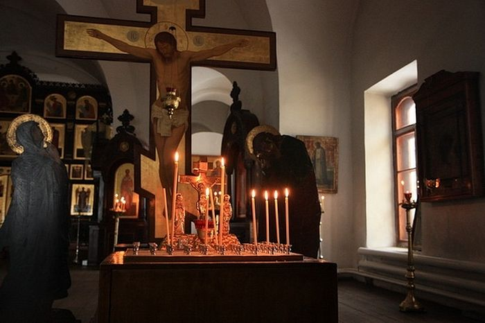 Можно ли православному христианину молиться о некрещеных, еретиках, раскольниках, самоубийцах?