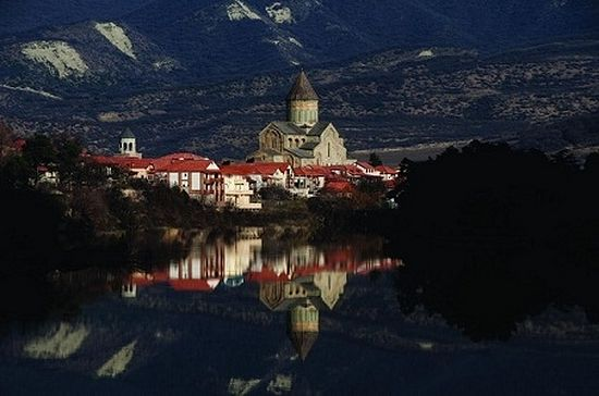 Svetitskhoveli Cathedral is known as the burial site of Christ's mantle. Photo: http://agenda.ge/