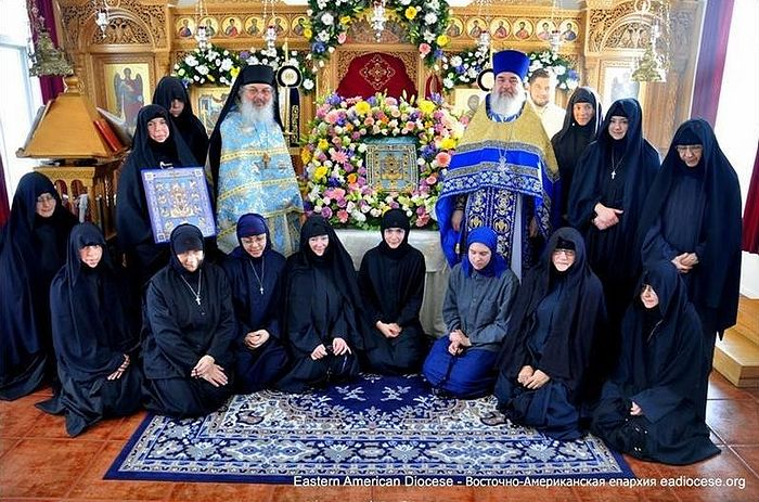 The sisterhood of the monastery during the visitation of the wonderworking Kursk Root Icon of the Mother of God.