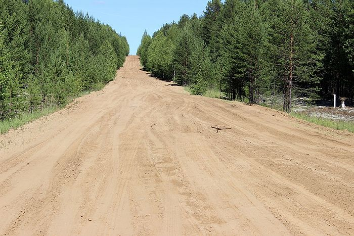 Дорога на Кемъяр в распутицу превращается в непроходимые топи
