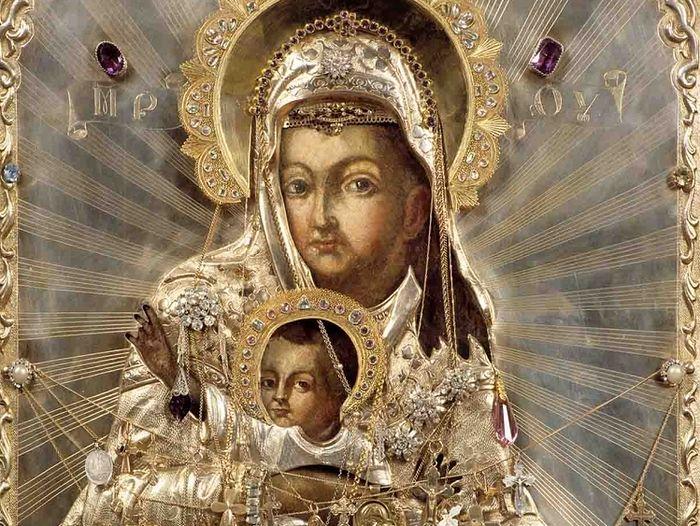 Одна из святынь Зачатьевского монастыря — чудотворная икона Пресвятой Богородицы «Милостивая»